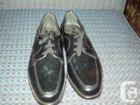 MEN'S GOWN SHOES BRAND-NEW NEVER WORN SIZE 7. GOOD
