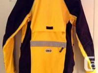 Manteau pour velo impermeable de marque Louis Garneau