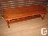 Maple coffee table in excellent condition with lovely