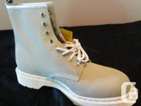 Selling RARE Dr. Martens boots. Enthusiast's product.