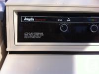 Inglis Heavy Duty washer and dryer combo. Came with our
