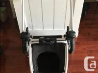 Like new condition, Maxi-Cosi Foray Stroller. Rarely