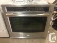 VERY NICE MAYTAG STAINLESS STEEL WALL OVEN ST IN LIKE