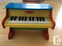 Melissa and Doug Toddler Piano. My Toddler has grown