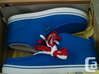New in Box Lugz mid leading sneakers. Remarkable