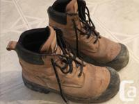 Great CSA steel toe work boots for sale. Mens size 9.