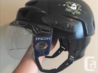 Mission Men's hockey helmet. - size large (adjustable: