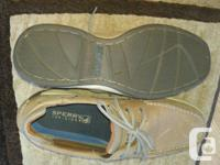 Never worn. Size 10.5 Men's Sperry Top Sider Shoes.
