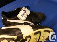Leather soccer cleats (Puma King) size 9.5 US (42.5