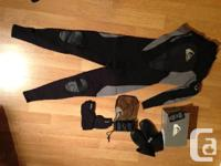 Brand New Men's Quiksilver Syncro Full Wetsuit XL NEW -