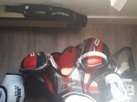 Men's hockey equipment. Comes with everything you see;
