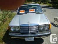Make Mercedes-Benz Model 300D Year 1978 Colour SILVER