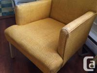 Selling this sweet vintage orange/yellow-toned