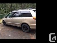 Make Toyota Model Sienna Colour Gold Trans Automatic