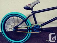 """Signature Dan Lacey 21"""" frame, embossed logo on"""
