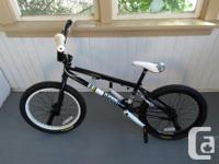 Excellent condition, rarely used Mirraco Blend BMX