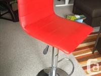 4 Mobler bar stools (2 red, 2 black) in excellent