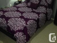 Almost brandnew espresso double bedroom set including