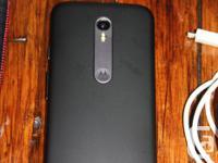 Hi, I am selling my Moto G 3rd Gen Black Smartphone.
