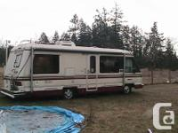 31 foot triple -e motor home ,great shape for age, to