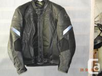 Men's Scorpion Riding Jacket Size Large jacket is well