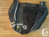Joe rocket motorcycle jacket size 48 has elbow,