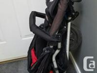 Great 3 wheel slim jogging or off roading stroller.