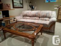 Hardwood coffee table with a beautiful center oval