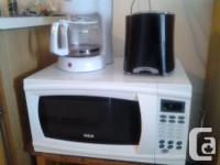 1. LARGE, QUIET MICROWAVE RCA (LIKE NEW - 1 YR OLD) -