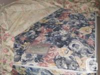 2 single beds, in like new condition, incldues