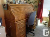 Dining room set table/ 4chairs, hutch and buffet with