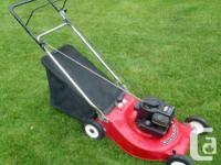 LawnFlite 3.5 HP 21 inch 2-n-1 Deck Back Bag Lawnmower.