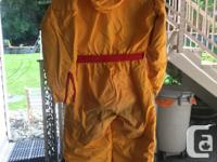 Gently used Mustang floater suit, size small. No tears,