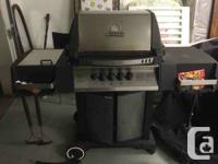 This is a Natural Gas Broil King Crown BBQ.  Its in