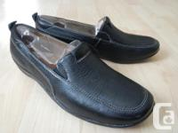 "Naturalizer ""Fragrance"" loafer shoes in black pebbled"