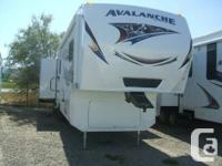 New 2013 Keystone Avalanche 345TG triple slide out 5th
