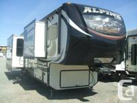 New 2014 Keystone Alpine 3590RS high-end 5th wheel with