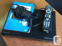 Newer model Shaw box. Comes with remote and information