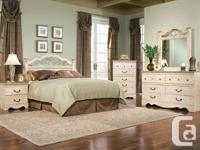 BRAND NEW Seville Queen Poster Bed Frame RED TAG price*