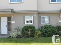 # Bath 1 Sq Ft 890 MLS 427570 # Bed 2 Investment or