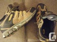 NEW Men`s Dakota Safety Running shoe style safety