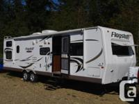Fabulous 2010 Flagstaff 31' trailer for sale.