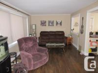 # Bath 1 Sq Ft 2400 MLS SM121856 # Bed 2 Be the BOSS!