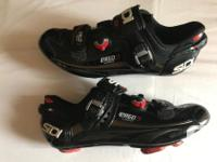 Hello! Top notch SIDI ERGO 3 Vernice Carbon road shoes
