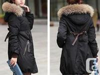 Very stylish black coat, down filled with hood & fur