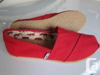 Brand NEW never worn TOMS Red Canvas Women's Classic