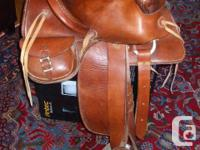 UNIQUE WESTERN STYLE HORSE SADDLE Beautiful horse