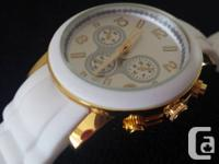 """Oversized watches are the """"must have"""" accessory of"""