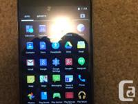 I'm selling my nexus 4, great disorder, has screen