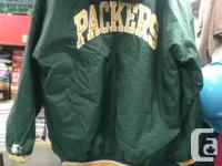 Packers Pull Over Football Jacket, Excellent Condition.
